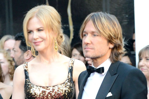 Odd Things About Nicole Kidman Keith Urban S Marriage: Keith Urban Dedicates Song To Nicole Kidman On Their 8th