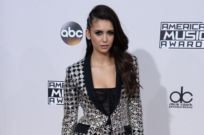 Nina dobrev dating who