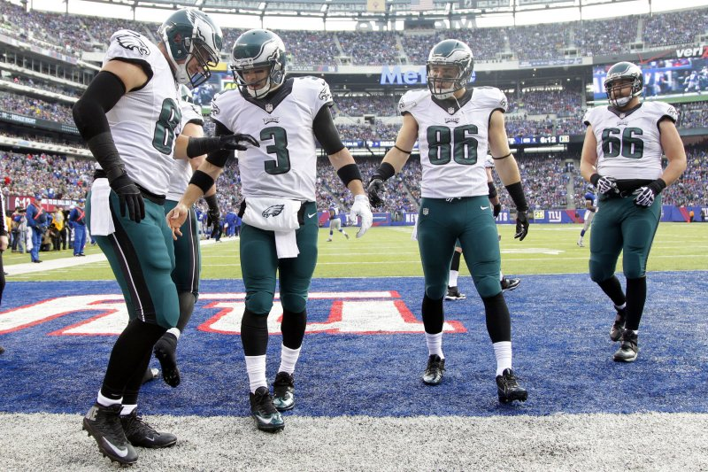 Philadelphia Eagles secure three-year deal with TE Brent ...