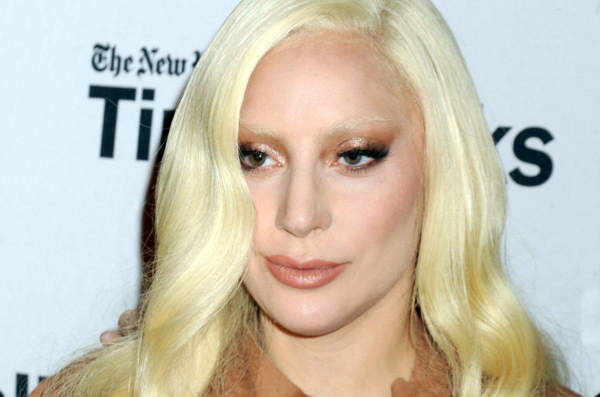 Lady Gaga And Taylor Kinney V Magazine - Lady Gaga Age