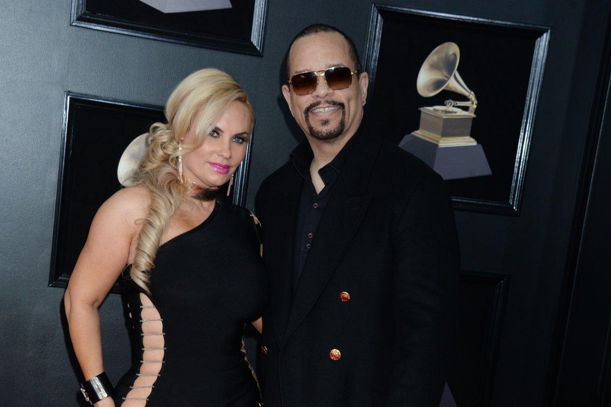 Coco Austin Ice T Wear Black To 2018 Grammy Awards Upi Com