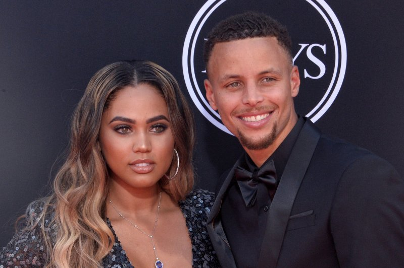 look  steph curry is a dad for the third time