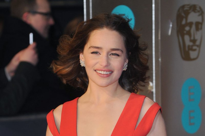 Emilia Clarke Wants More Male Nudity On Game Of Thrones -7029