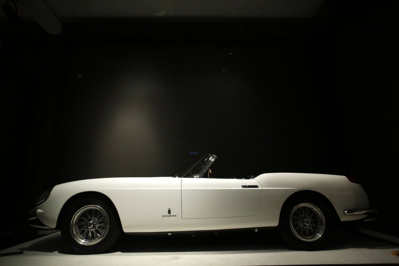 Sotheby's auction to feature vintage cars, could set record