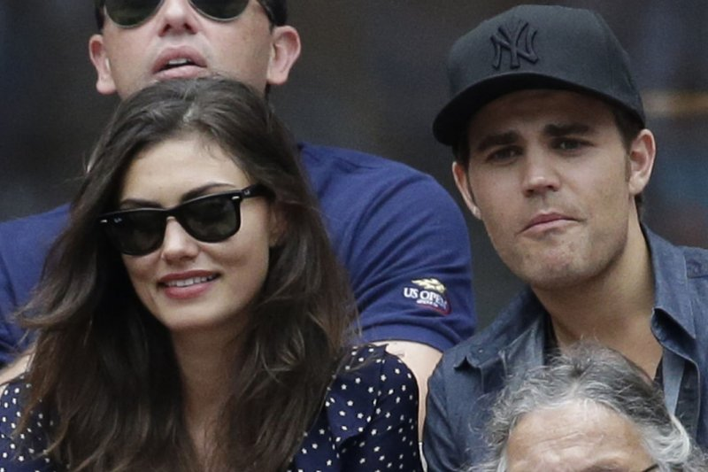 Are phoebe tonkin and paul wesley still dating after 5. gavin rossdale dating after divorce images.