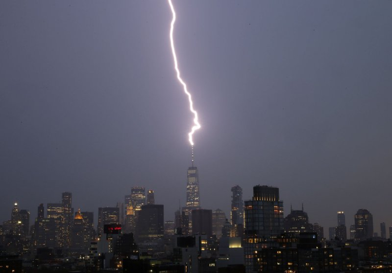 120,000 without power in tri-state area amid thunderstorms, heat advisory