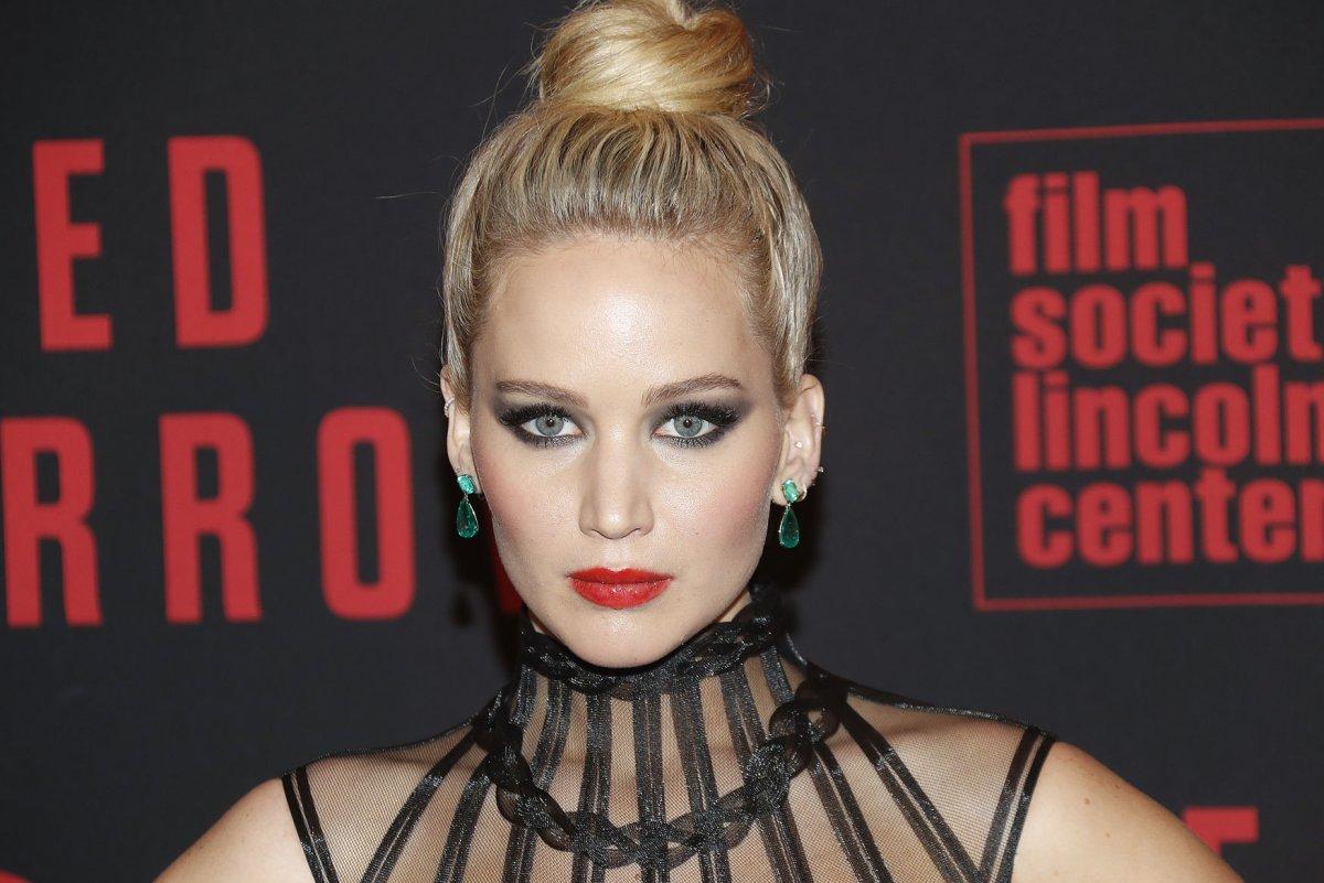 Jennifer Lawrence spot... Jennifer Lawrence Boyfriend Cooke Maroney