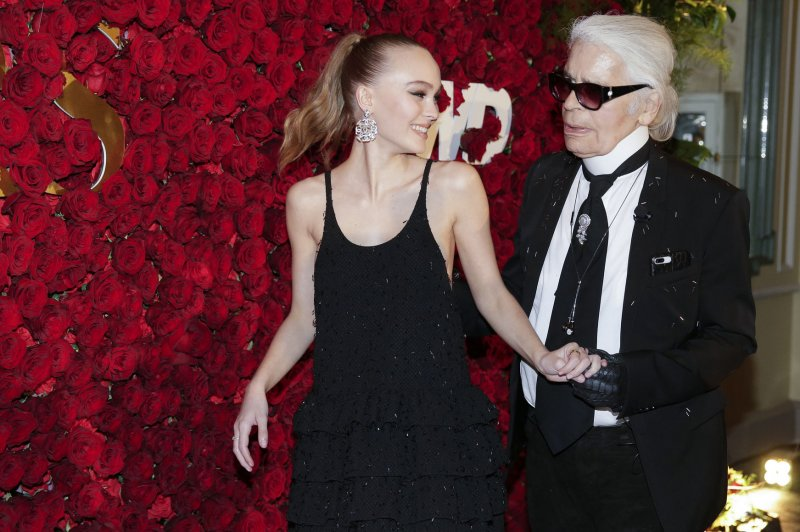 Lily-Rose Depp supports Karl Lagerfeld at WWD Honors - UPI com