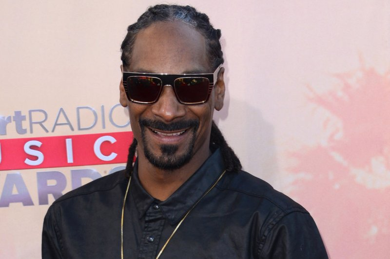 Snoop Dogg to induct Tupac Shakur into Rock & Roll Hall of Fame