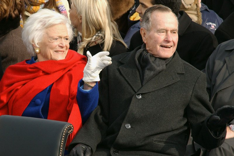 George H.W. Bush, wife Barbara hospitalized in Texas - UPI.com