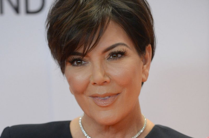 Look Kris Jenner Goes Platinum Blonde In New Photo Upi Com