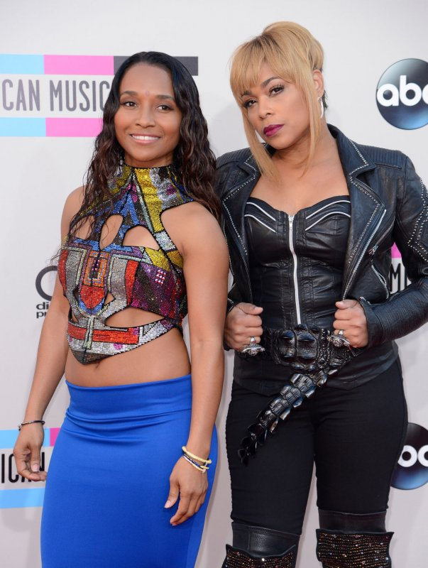 who is chilli from tlc dating 2012