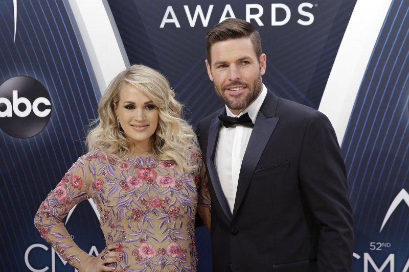 Carrie Underwood Mike Fisher Welcome Baby Boy Upi Com