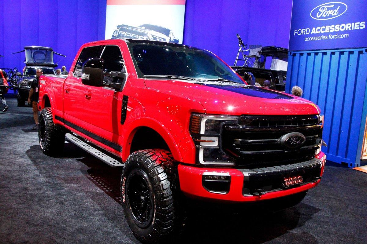 Heavy Duty Trucks >> Ford recalls F-250, F-350, F-450 trucks for possible ...