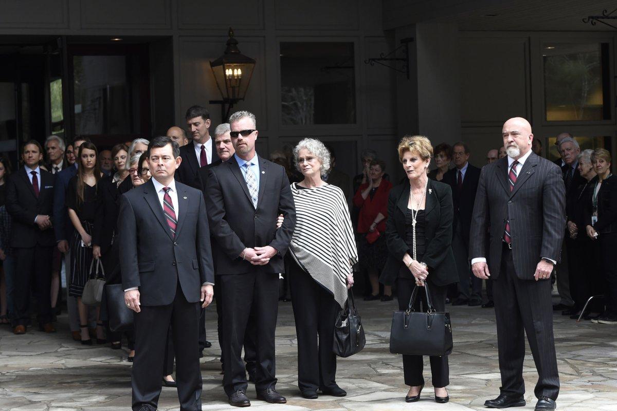 Evangelist Billy Graham's body taken to his hometown in ...
