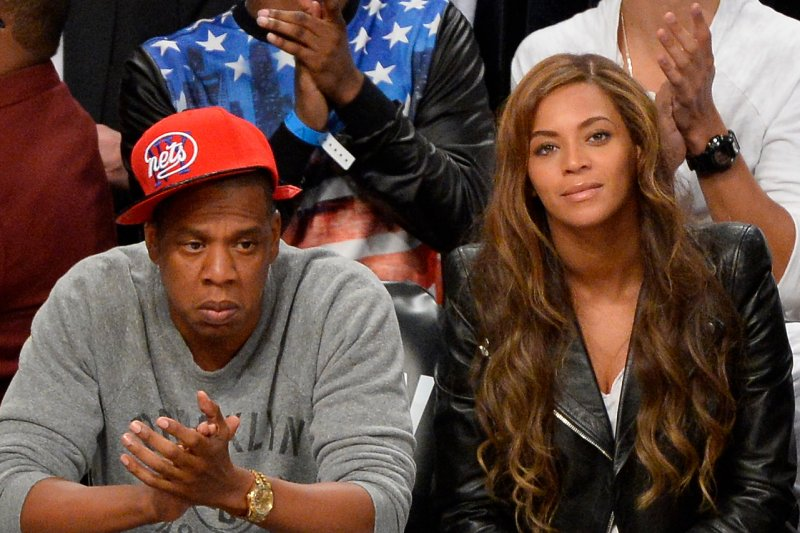 Beyonce Knowles seen apartment shopping in NYC without Jay Z