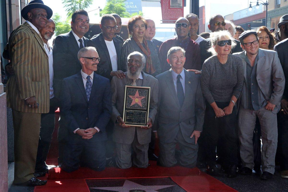 Comedian and activist Dick Gregory dead at 84 - UPI com