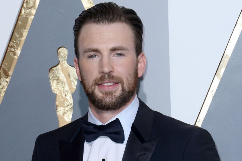Watch: Chris Evans posts clip of first meeting with dog on ...