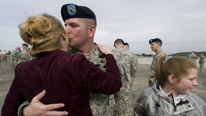 Memorial Day 2012 >> Memorial Day: The best videos of soldiers coming home - UPI.com