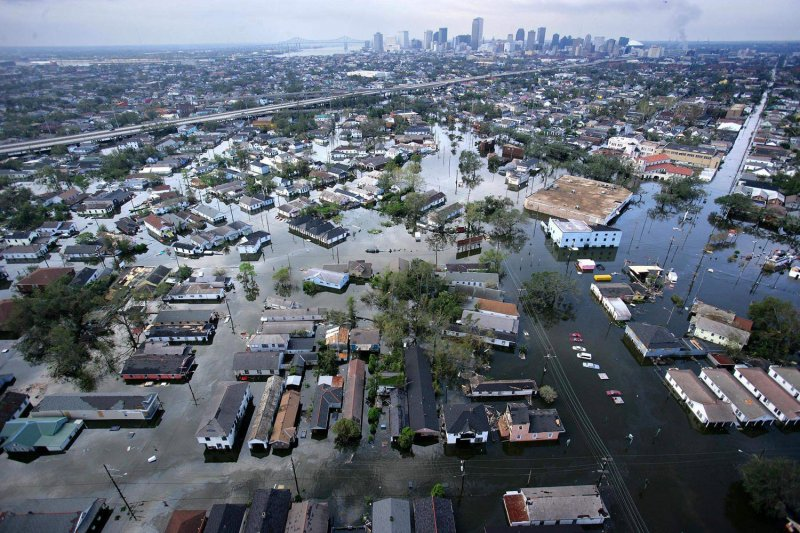 the disaster at new orleans essay Disaster management of hurricane katrina this is a research paper please provide great details about hurricane katrina but want details about the disaster managemen.