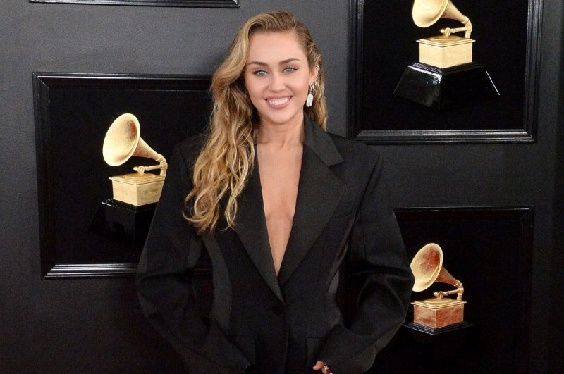 Grammys: Katy Perry, Kacey Musgraves, Miley Cyrus pay ...