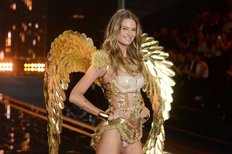 Behati Prinsloo Reveals Finger Tattoo Means 'I'm Taken