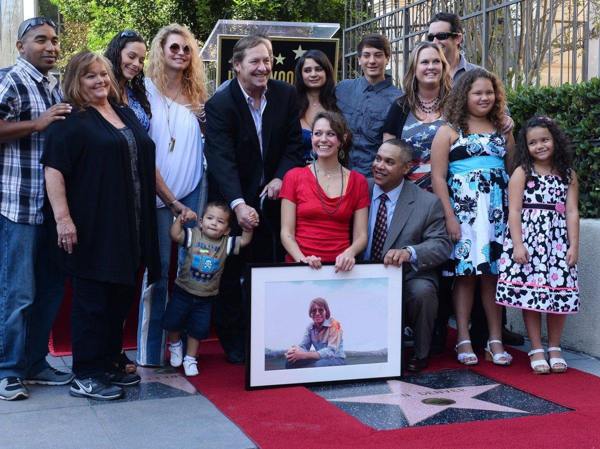John Denver's children on hand for Hollywood Walk of Fame ...