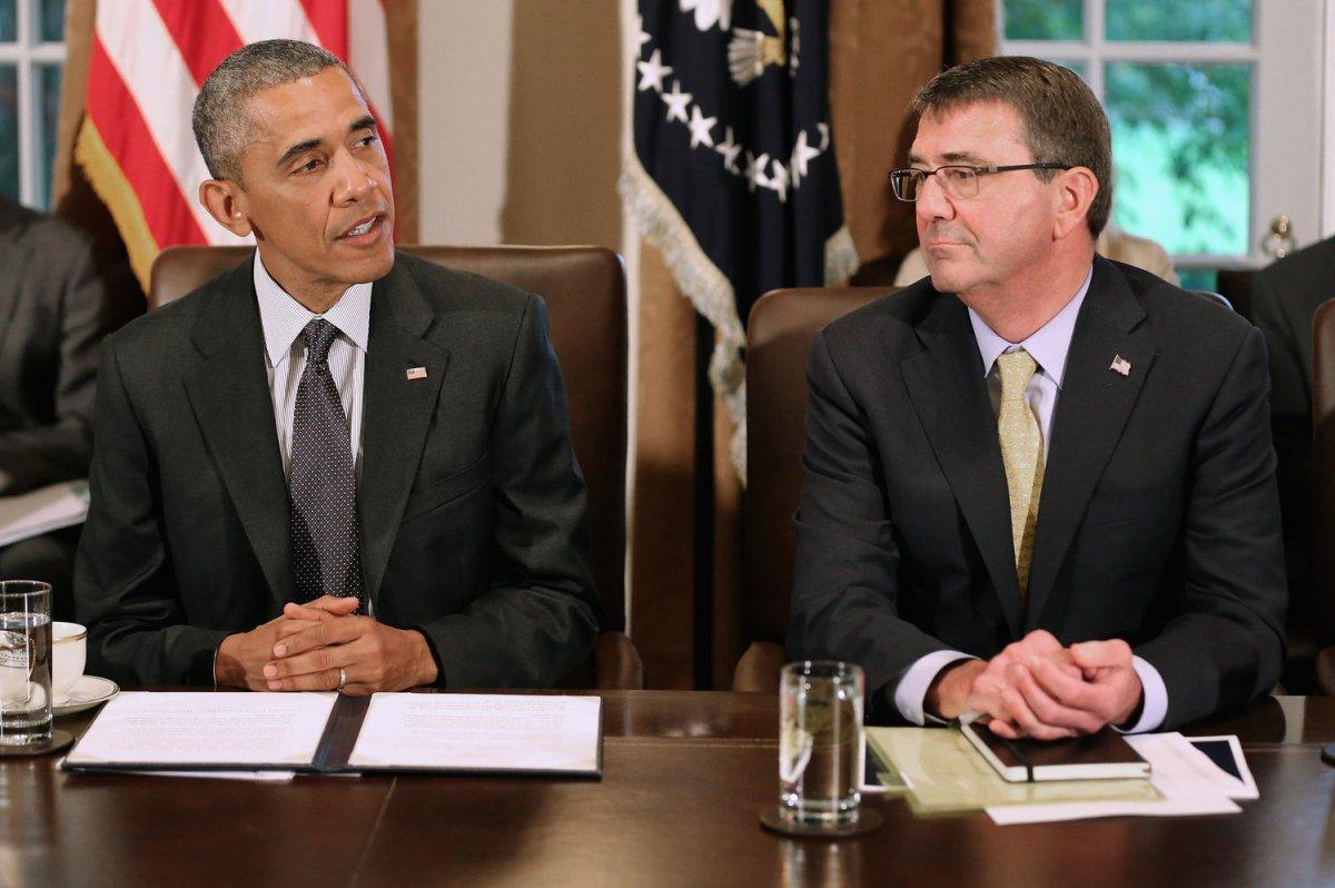 Defense Secretary Ashton Carter visits India to sign ...