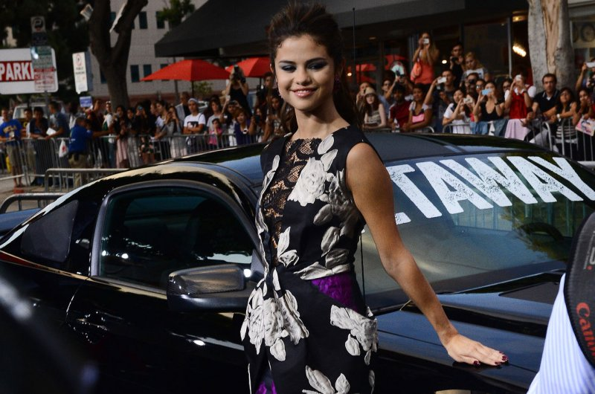 Selena and austin dating