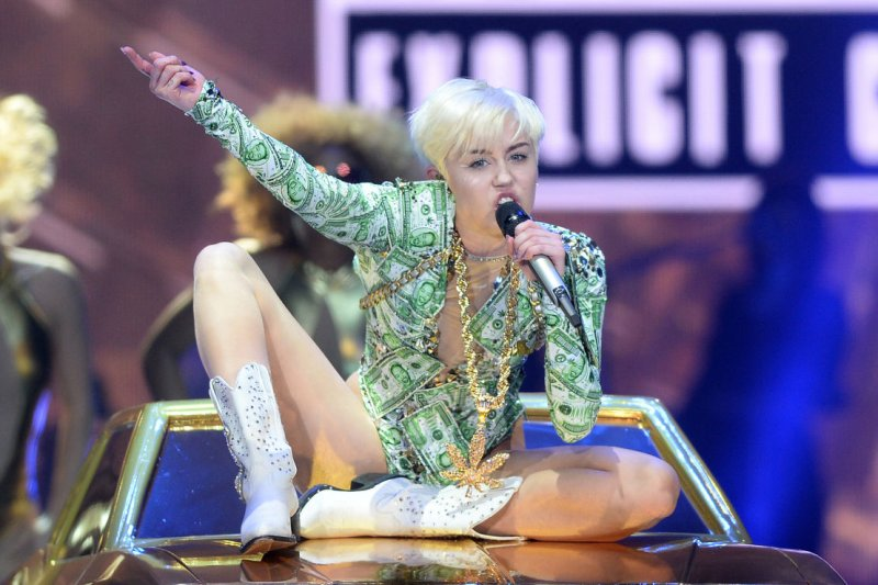 Shailene Woodley Comes To Miley Cyrus Defense In Vanity
