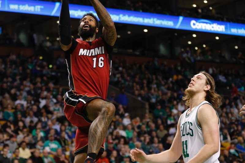 fc15cfc638c James Johnson staying with Miami Heat on four-year deal