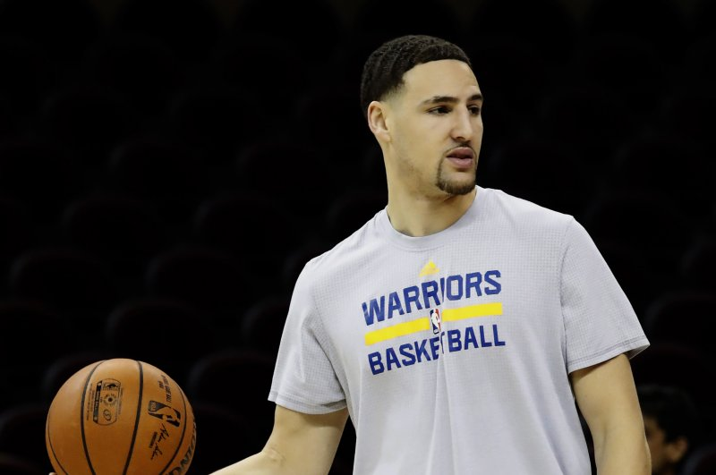 June 24 (UPI) -- NBA All-Star Klay Thompson might want to stay behind the  3-point line after face planting on his latest dunk attempt. The Golden  State ... 60c343f00