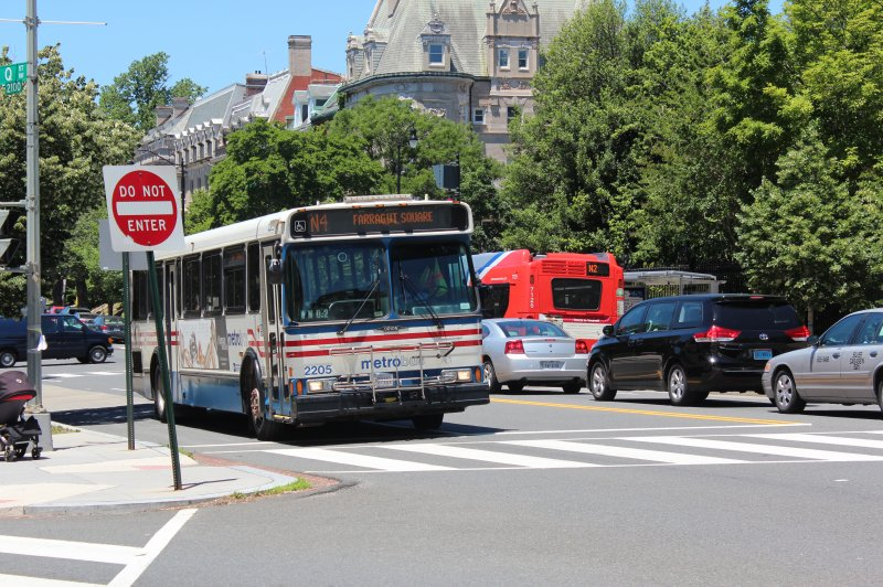 Higher mass transit use linked with lower obesity rates