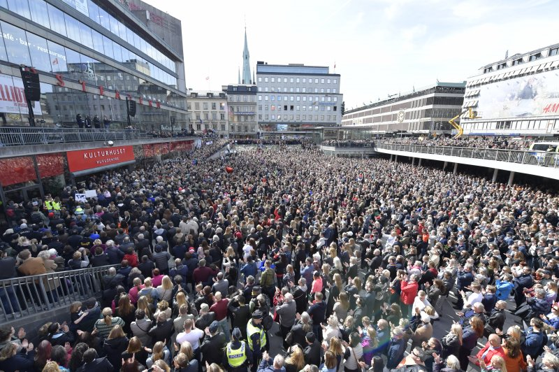 1a7281c4545 rt.com Stockholm attack suspect sympathetic to Islamic State, police say