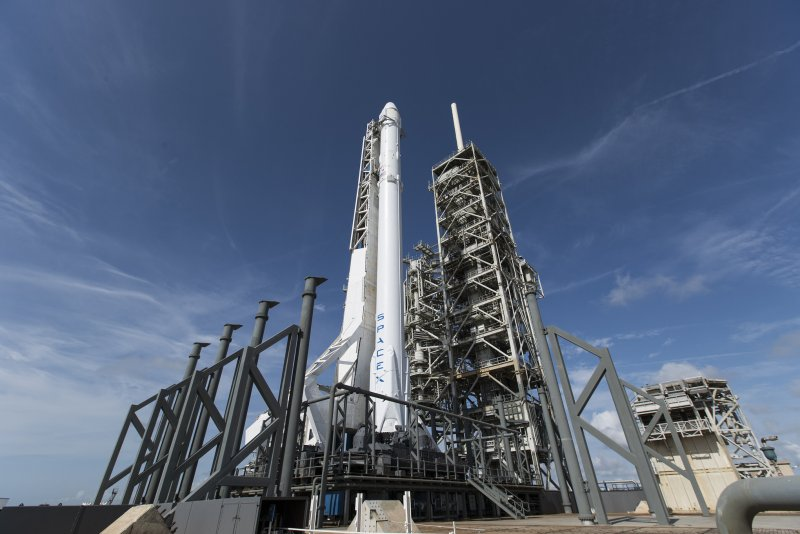 NASA-SpaceX rocket launch canceled by lightning - UPI.com