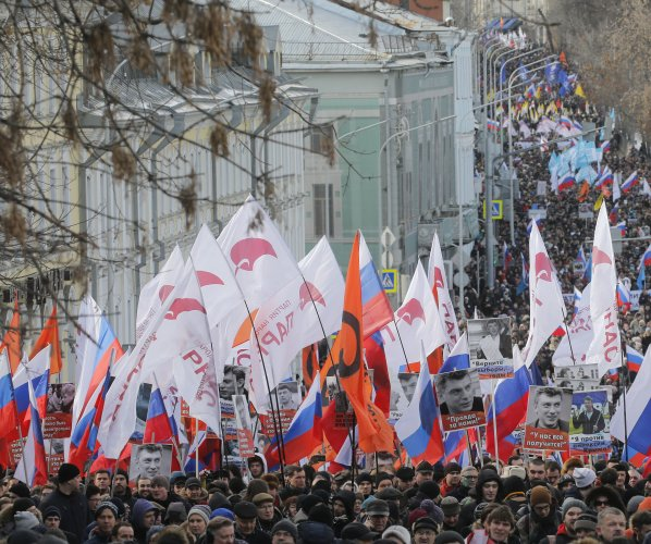 Russians protest on second anniversary of Boris Nemtsov's slaying