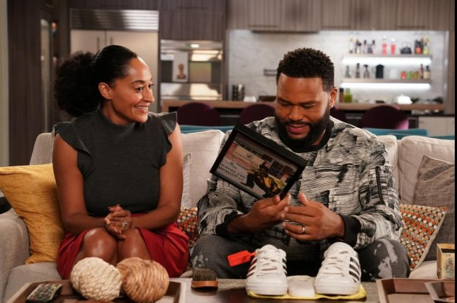 Tracee Ellis Ross (L) and Anthony Anderson star in six seasons of Black-ish. Photo courtesy of ABC