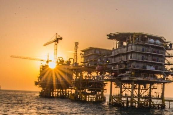 Saudi competition director calls for open market doors at the same time that oil giant Saudi Aramco extends its hold on offshore installations. Photo courtesy of Saudi Aramco.