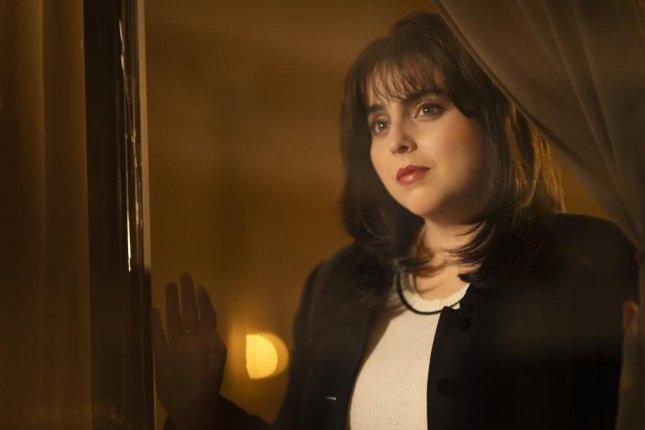 Beanie Feldstein says Monica Lewinsky answered questions for her. Photo courtesy of FX Networks