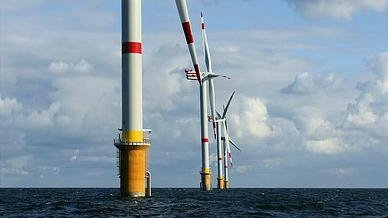 Windmills on the Belgian part of the North Sea. Credit: Hans Hillewaert, Creative Commons