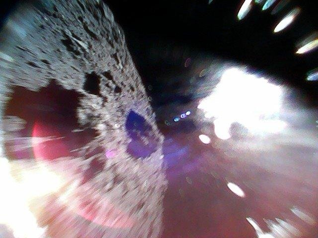 Hayabusa2 Rovers Successfully Land on Asteroid Ryugu