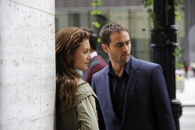 Stuart Townsend returns to TV in dishy soap 'Betrayal ...