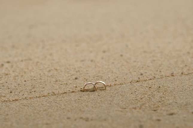 A New Zealand surfer who lost his wedding ring in the ocean was reunited with the ring thanks to a stranger with a metal detector. Photo bySookyungAn/Pixabay.com