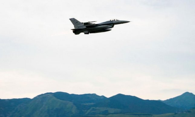 An F-16 fighter plane took off from Aviano Air Base, Italy, to participate in a U.S. Navy/U.S. Air Force joint exercise in the Black Sea. Photo by TSgt. Rebeccah Woodrow/U.S. 6th Fleet