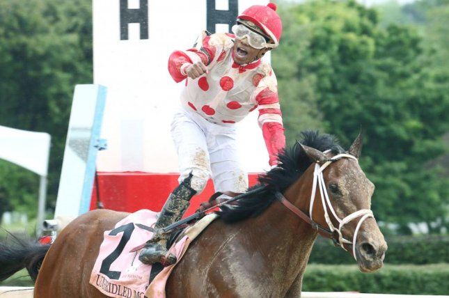 Unbridled Mo, seen winning the Grade I Apple Blossom at Oaklawn Park this spring, is among the favorites in a tough field for Saturday's $750,000 Delaware Handicap. Photo courtesy of Oaklawn Park