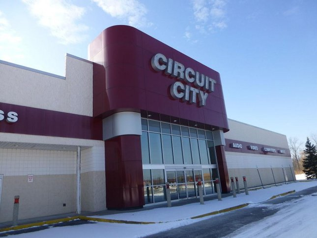 Returning From The Electronics Retailing Graveyard This Year Is Circuit City Back After A 2009 Bankruptcy About 200 Stores All Smaller Than Its Former