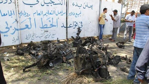 Wreckage of the car believed to be used as a car bomb in an attack in Benghazi on Wednesday morning. / Twitter @Morning_LY