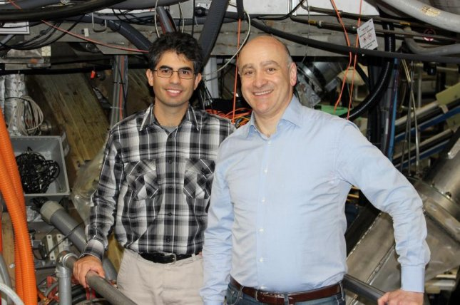 Carlos Paz-Soldan, left, and Raffi Nazikian at the DIII-D tokamak. Photo by PPPL