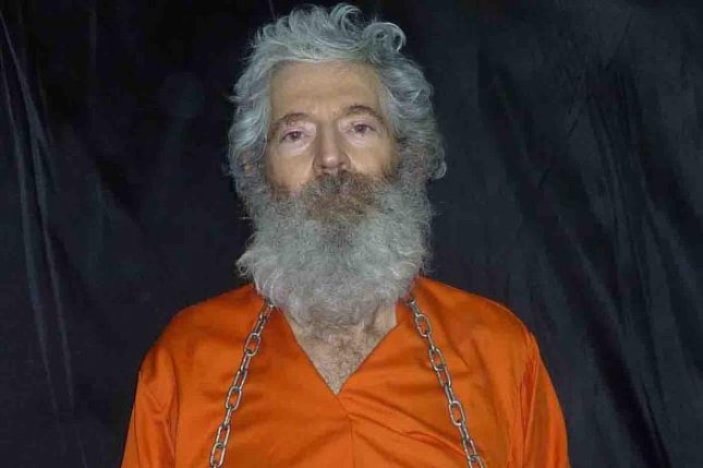White House Press Secretary Josh Earnest said on January 19, 2016, that U.S. officials have reason to believe missing former FBI agent Robert Levinson, who went missing on the Iranian island of Kish while working as a CIA contractor in 2007, is no longer in Iran. FBI photo
