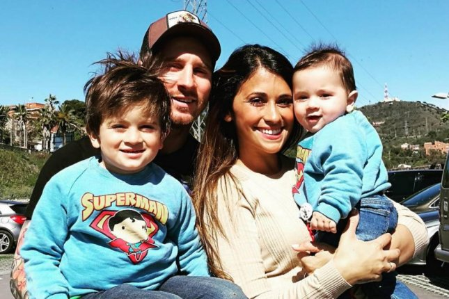 Barcelona star Lionel Messi and his family. (Instagram)